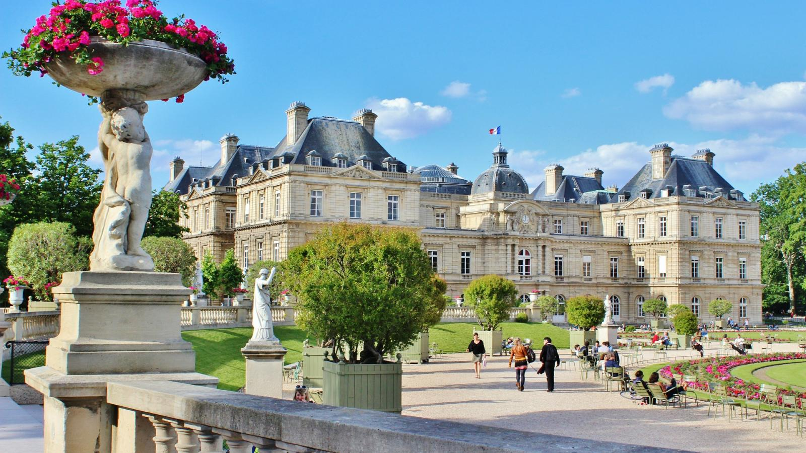 The sweetness of the Parisian summer at the Roch Hotel & Spa