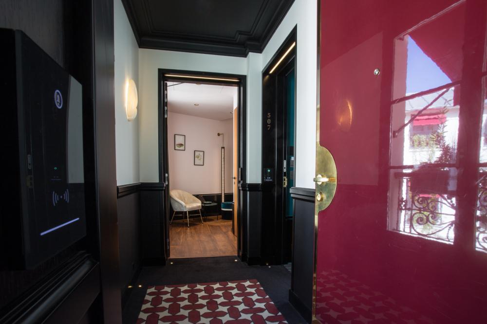 Le Roch Hotel & Spa - Chambre familiale couloir
