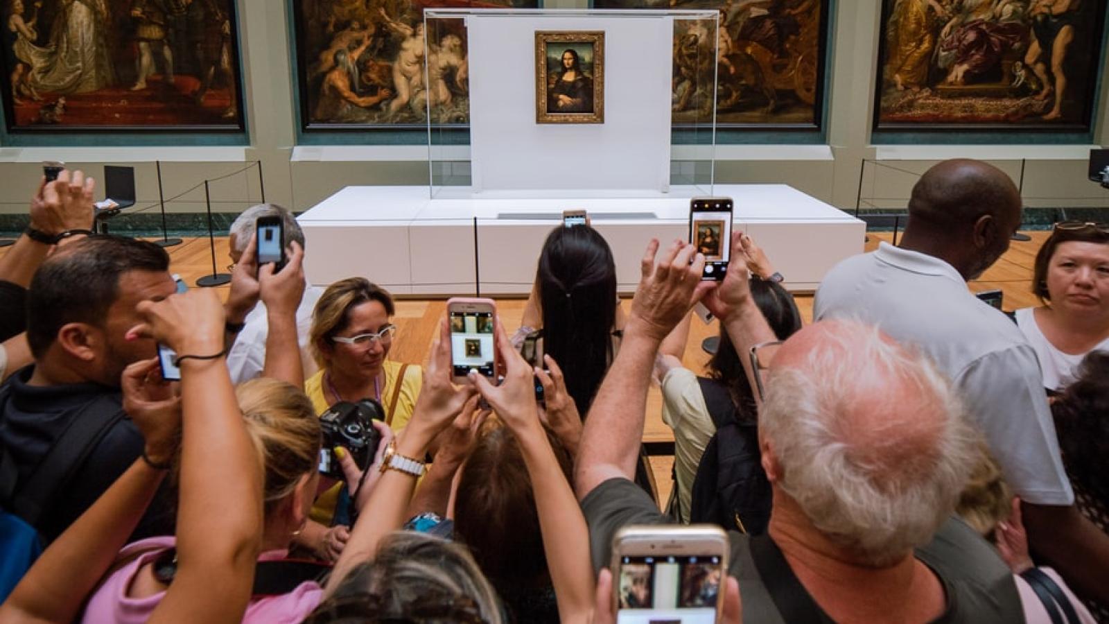 The event of the winter; Leonardo da Vinci at the Louvre