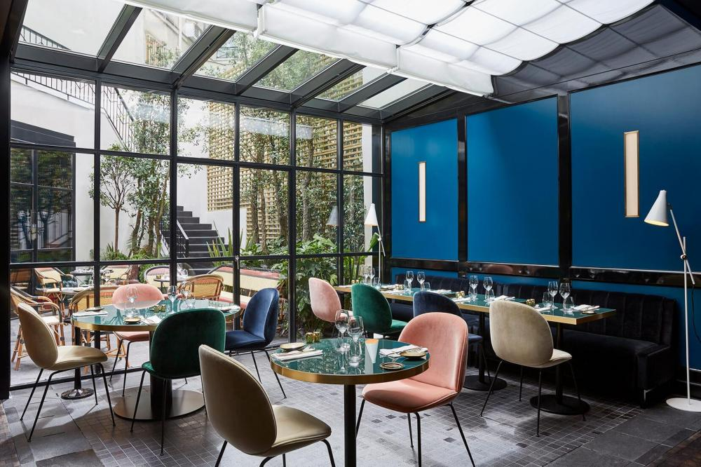 Le Roch Hotel & Spa Paris - Gallery - Restaurant - glass wall