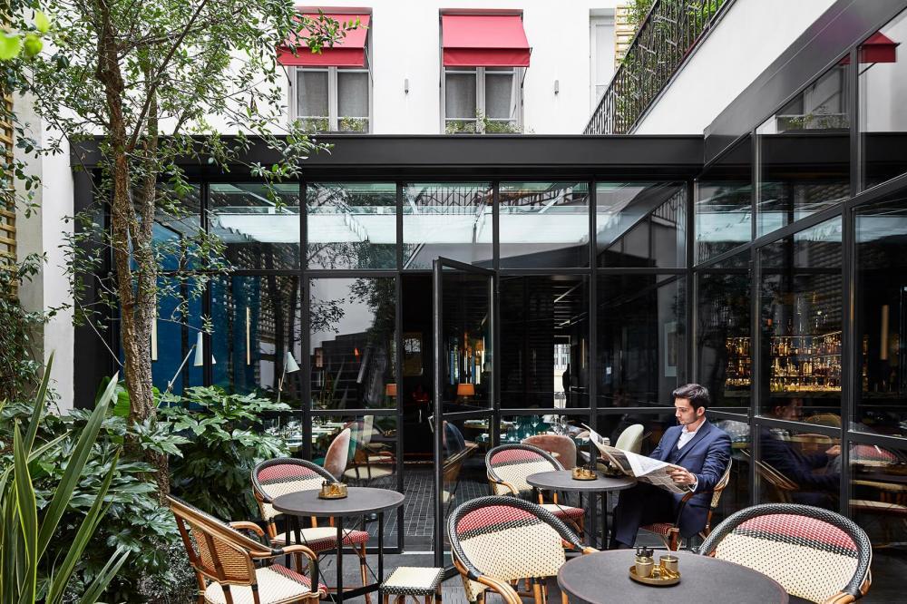 Le Roch Hotel & Spa - Restaurant patio 3