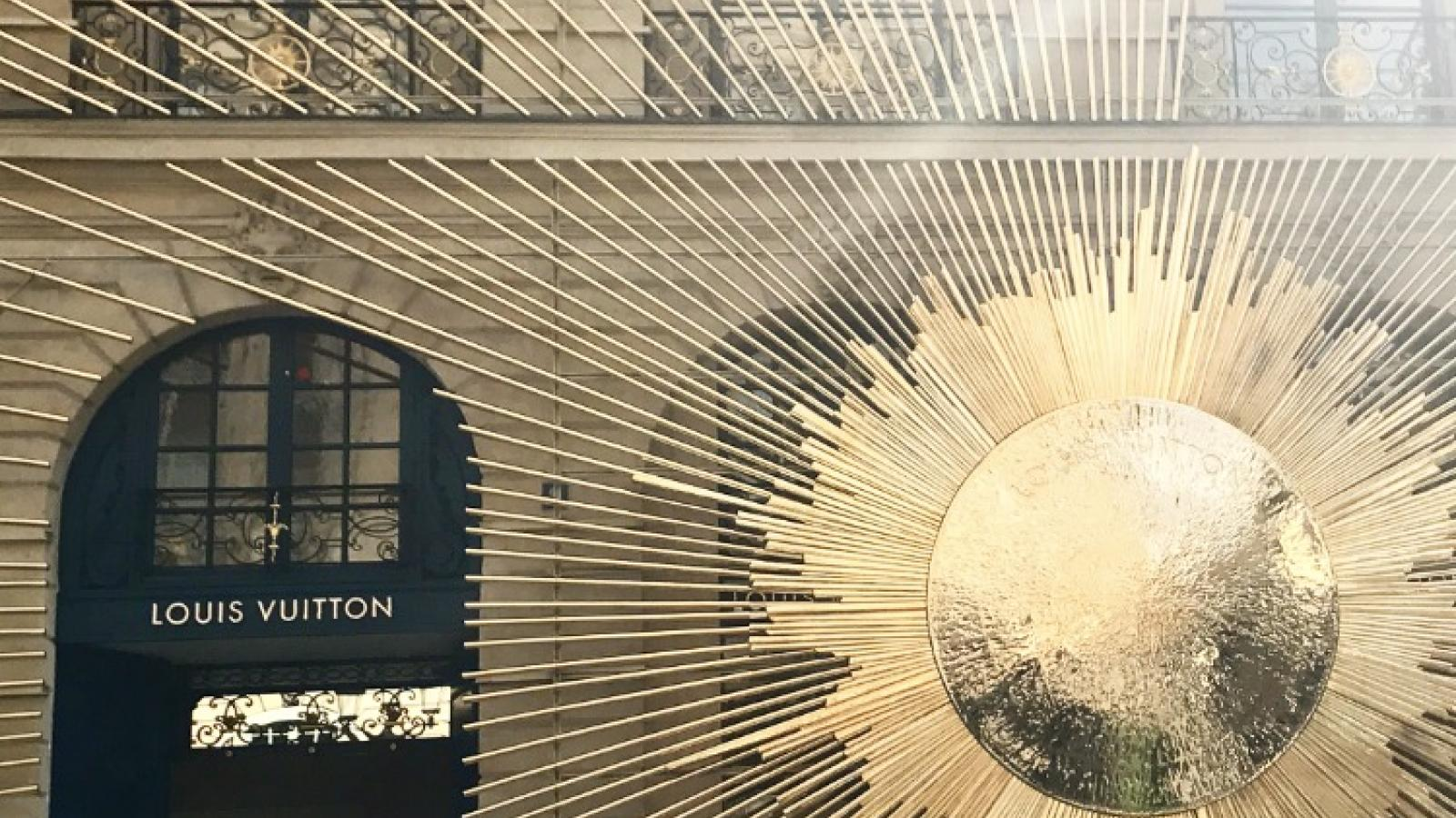 A new Louis Vuitton boutique near the Roch Hotel