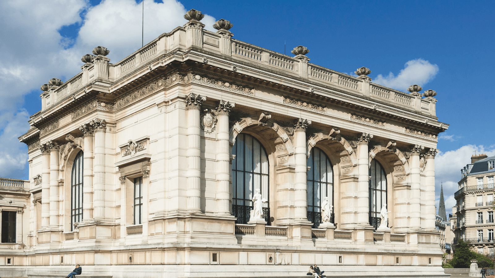 The Palais Galliera reopens with an exhibition featuring Chanel